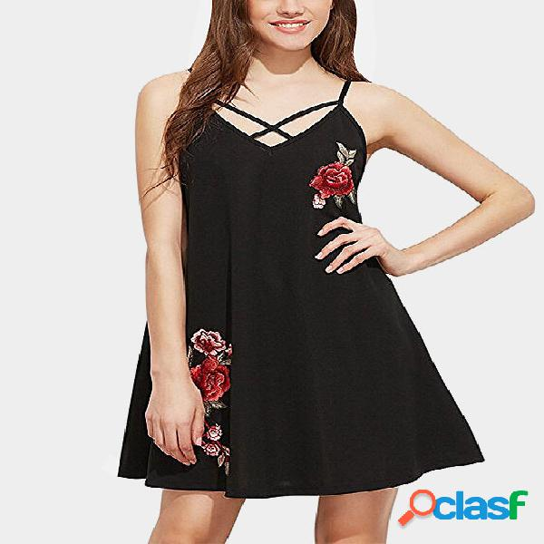 Black straps cross front backless random embroidery dress