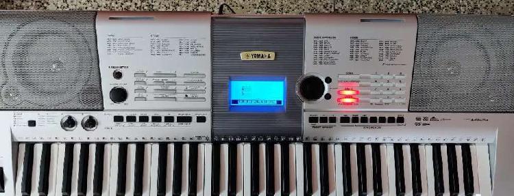 Yamaha psr i425 keyboard