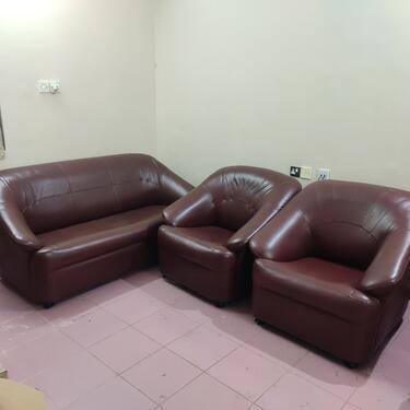 Used sofa set for sale very carefully used