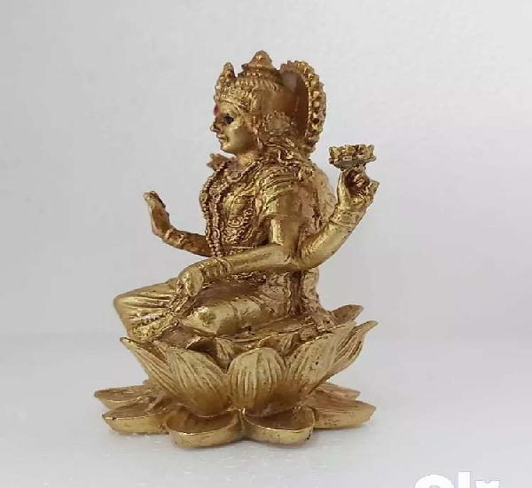 We are selling all lord statue